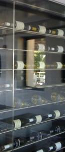 Présentoir de cave a vins en inox brossé 316L.