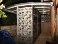 Fabrication d'un abri pour jardin. Tôle acier découpe au laser à la demande, structure en tube acier et toiture en tôle alu prélaqué. Aubagne